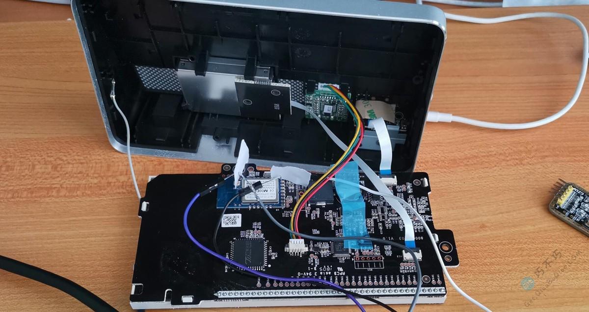 目前比较完美的斐讯M1空气检测仪,通过刷机固件可替代官方APP网络控制的解决方案